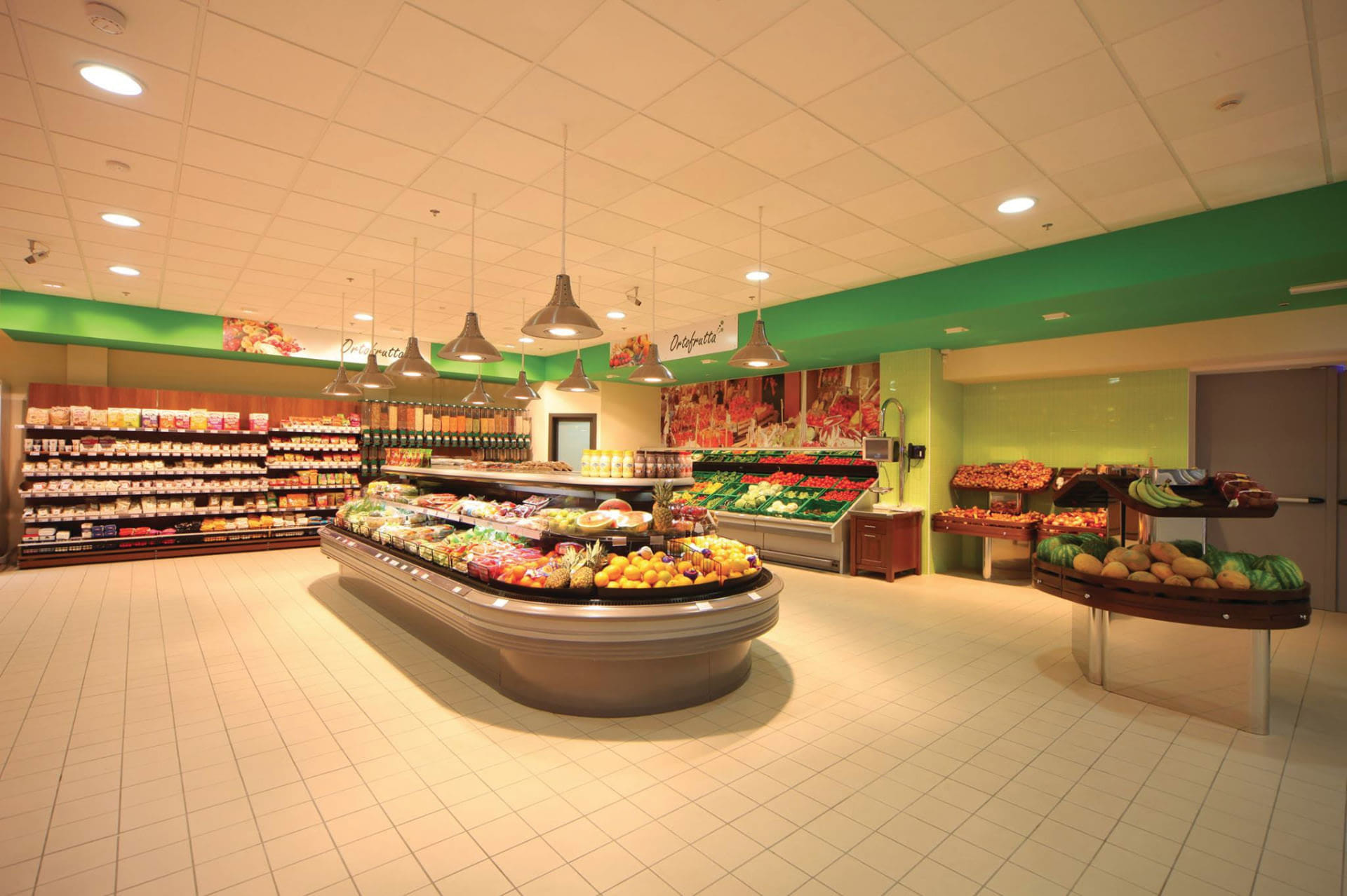 Chain Supermarket - Fruit & Vegetable Markets